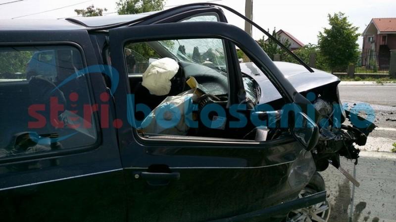 Conducător auto rănit, după ce s-a izbit cu mașina într-un mal de pământ! Ce au descoperit polițiștii!