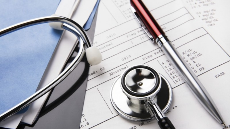 Conflict deschis între medicii de familie şi Casa de Asigurări de Sănătate din cauza reţetelor prescrise unor categorii vulnerabile