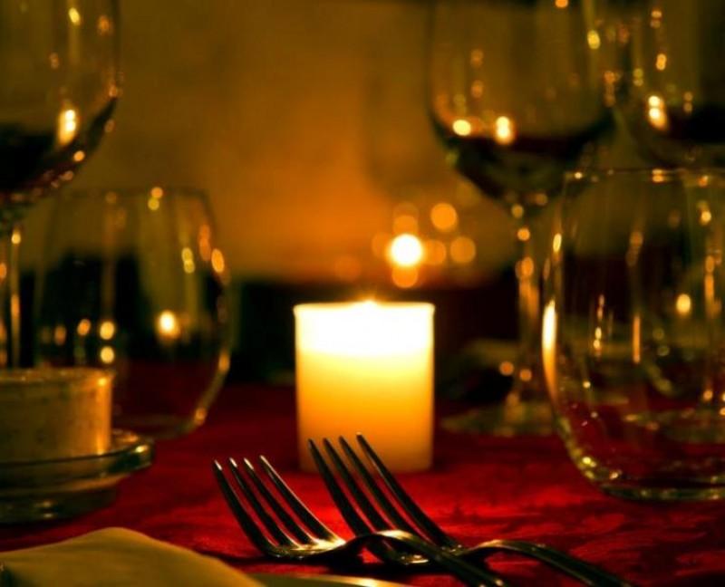 Controale în restaurantele din Botoşani care organizează petreceri de Revelion