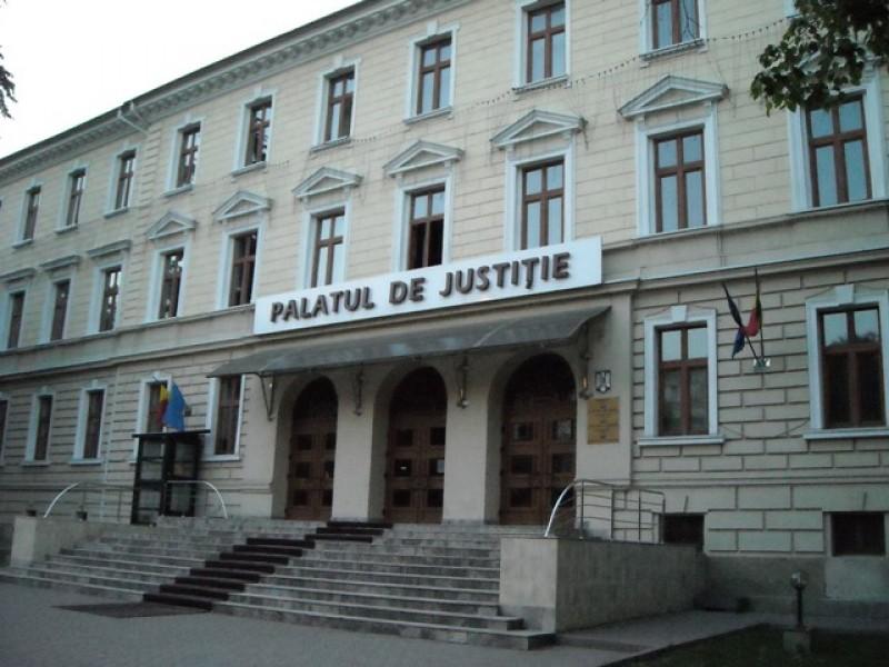 Consilier județean din Botoșani, condamnat la închisoare cu suspendare!
