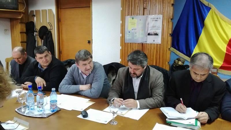 Consilierii județeni, cu ochii pe o clădire ridicată ilegal în Vama Rădăuți-Prut!