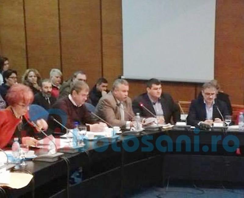 Consilierii județeni, cu ochii pe selecția noilor membri ai CA de la Nova Apaserv