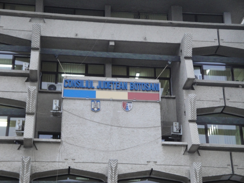 Consiliul Judeţean, obligat să pună bani deoparte pentru Nova Apaserv