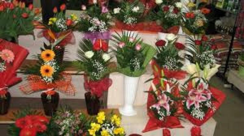 Control cu miros de amenzi, la florarii din Botoșani