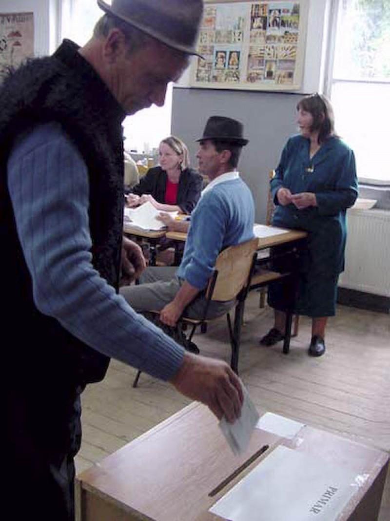 Control preventiv la sectiile de votare, soldat cu 73 de avertismente si o amenda!