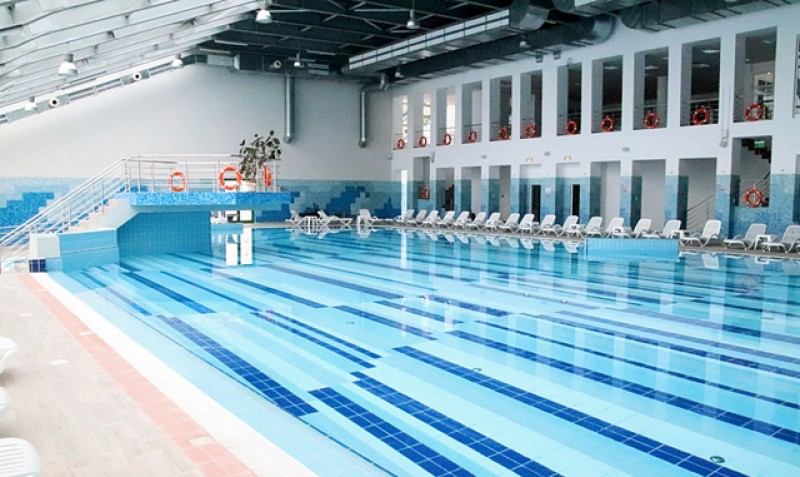 Copii cu probleme medicale vor avea acces gratuit la piscina interioară a complexului Cornișa!