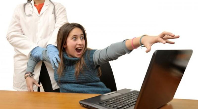 Copiii noștri au devenit dependenți de internet!