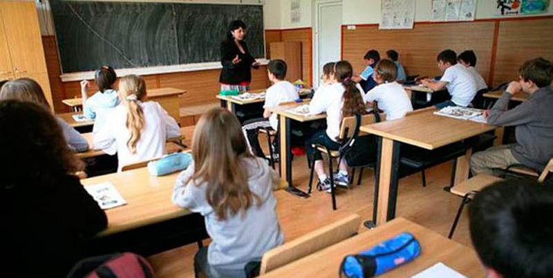 Copiii noștri cară ghiozdane cât roata carului, dar rezultatele școlare sunt tot mai dezastruoase! Analfabetismul funcțional a ajuns la 44%!