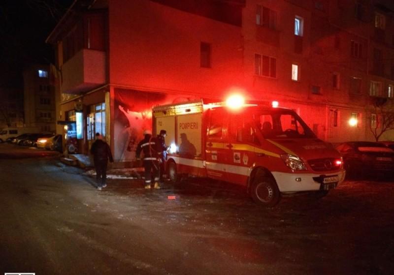 Copil blocat într-un apartament din municipiul Botoşani. Au fost solicitaţi pompierii-FOTO