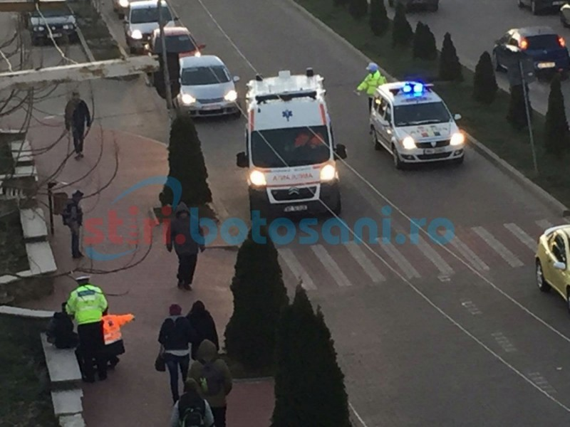 Copil rănit pe trecerea de pietoni, în Dorohoi! FOTO