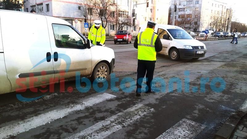 Copilă lovită de o mașină, in apropierea unei treceri de pietoni din municipiul Botoșani - FOTO