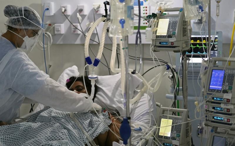 """COVID-19. 94 de îmbolnăviri și două decese raportate în ultimele 24 de ore. Patru comune în scenariu """"roșu"""", șapte pe """"galben"""""""