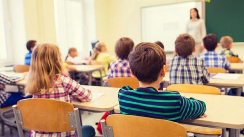 Creștere sensibilă a burselor școlare