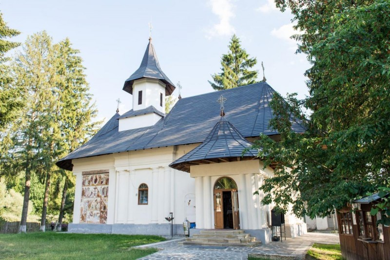 Creștinii din Botoșani, în sărbătoare: Biserici închinate Bunei Vestiri - VIDEO