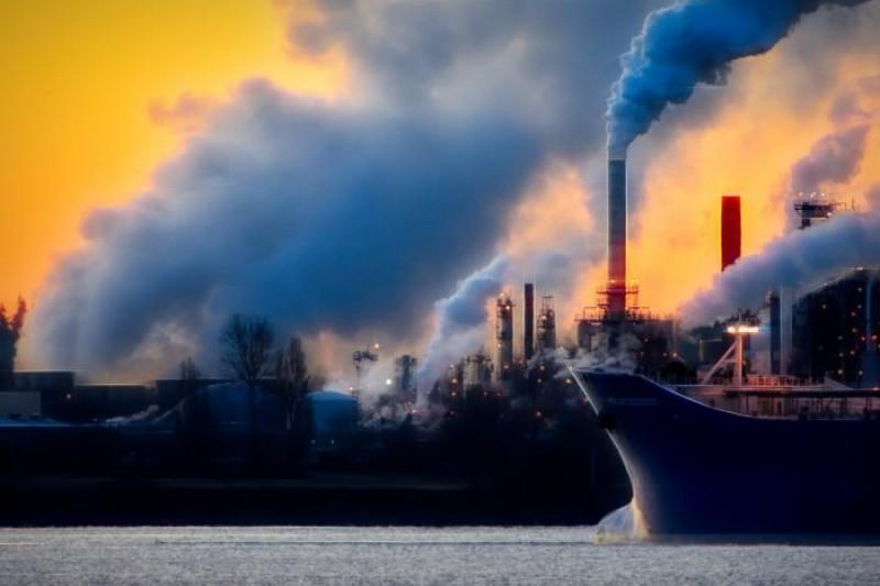 Criză ecologică în vecinătatea României! Misterios incident chimic