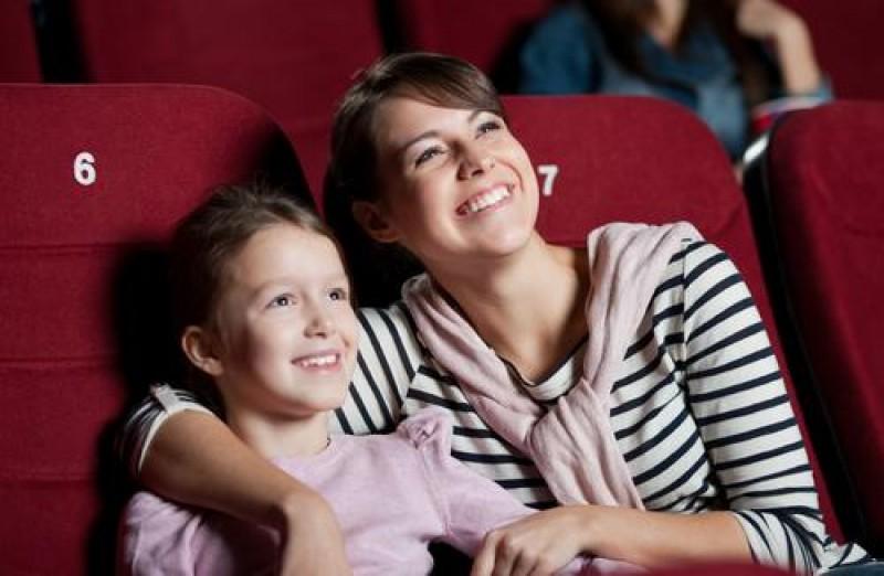 Cu copiii la spectacol: 7 sfaturi pentru o experienta de succes