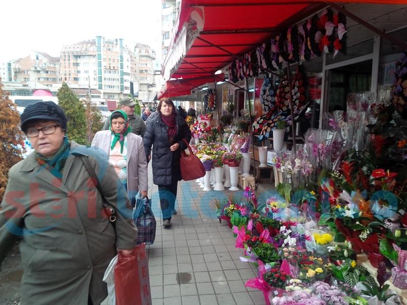 Cu o zi înainte de 1 Martie, polițiștii din Botoșani i-au luat la bani mărunți pe vânzătorii de flori!