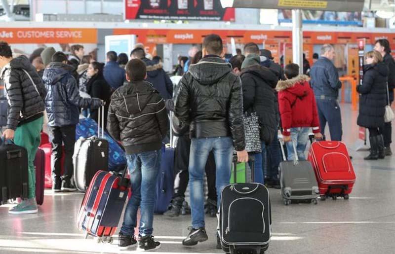 Cu tot cu românii plecați în străinătate: Populația României va scădea la 13,65 milioane până în 2070
