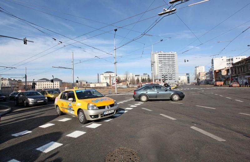 Cum ajung românii să plătească pentru mașina lor mai mult decât șoferii din alte țări!