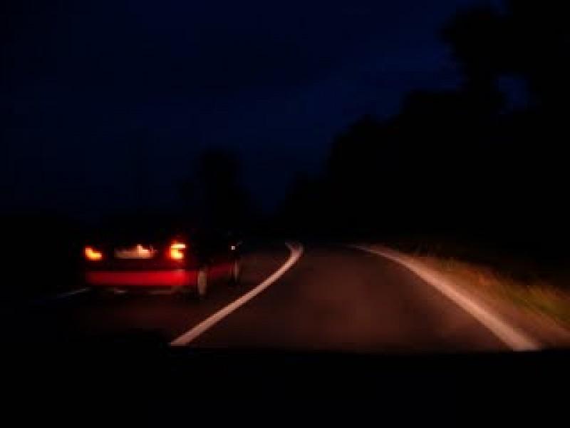 CUMPLIT! A lovit un om. A coborât din mașină, a tras victima pe marginea drumului, apoi și-a continuat drumul!