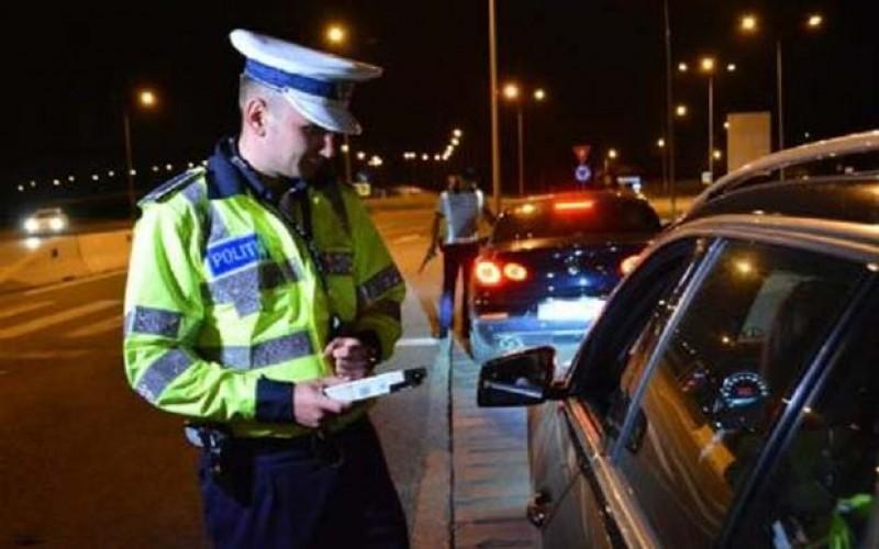 Curățenie! Încă două persoane au rămas fără carnet după ce au fost prinse conducând sub influenţa băuturilor alcoolice!