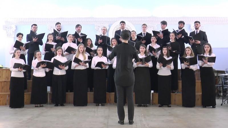 Cursuri de Masterclass - Dirijat coral la Seminarul din Botoșani, finalizate cu un concert la Casa Armatei