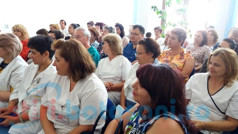 Cursurile de comunicare destinate cadrelor medicale din Mavromati continuă până la sfârşitul anului