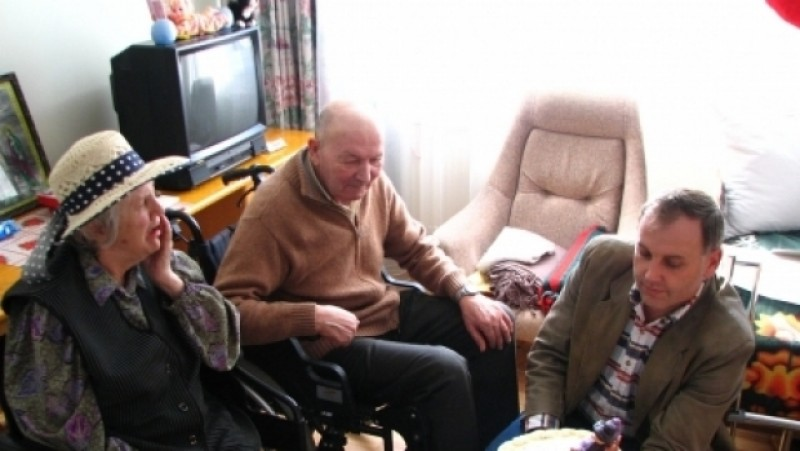 Curtea de Conturi: Scăderea şi îmbătrânirea populaţiei impun găsirea unor noi surse de finanţare pentru îngrijirea bătrânilor