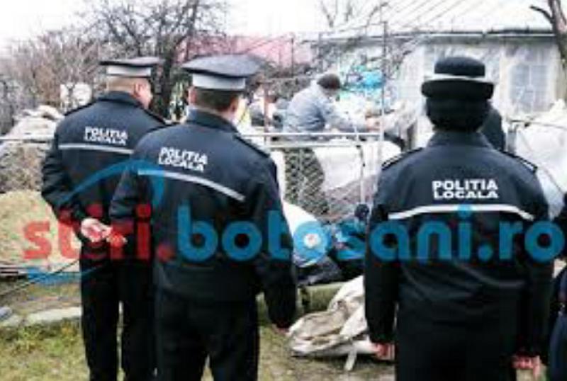 Curtea unui botoșănean, adevărat depozit de deșeuri. A intervenit Poliția Locală!