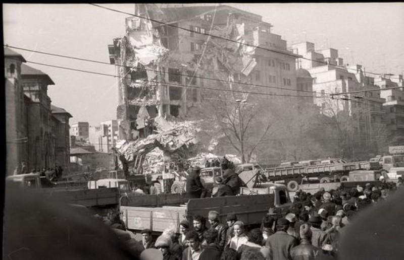 """Cutremurul din 1977 - 40 de ani: """"Balansul teribil al clădirii a fost absolut hidos"""""""