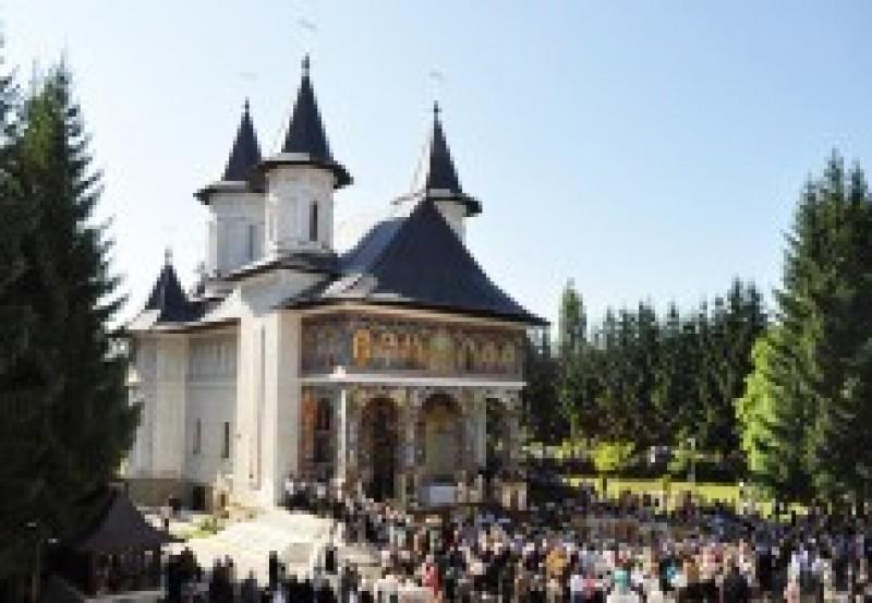 Cuviosul Ioan Iacob prăznuit mâine în toată ţara: Slujbe pentru sfântul născut la Horodiştea