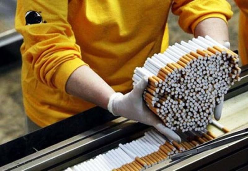 Dacă nu credeați că e campanie electorală: Autorităţile amână pentru ianuarie 2020 majorarea accizelor la ţigări!