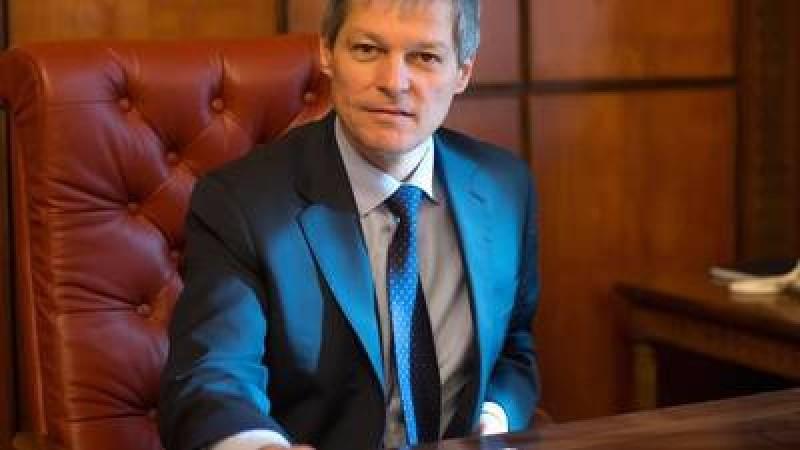 Dacian Ciolos a cerut Ministerului Finantelor sa analizeze posibilitatea de a permite in continuare facilitati familiilor veteranilor