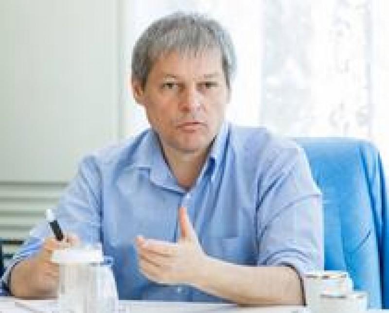 Dacian Ciolos: Acest Guvern nu se va atinge de Codul Fiscal