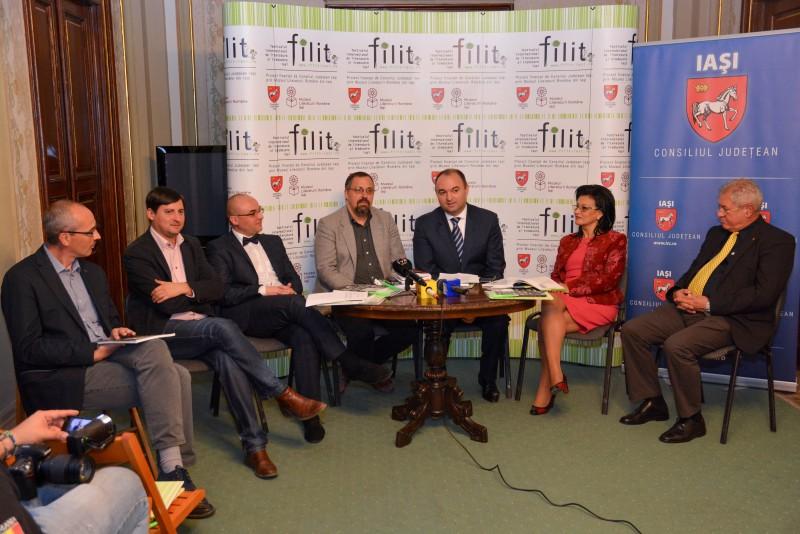 """Dan Lungu, la conferinţa de lansare a FILIT: """"Festivalul este de două ori mai mare decât anul trecut"""""""