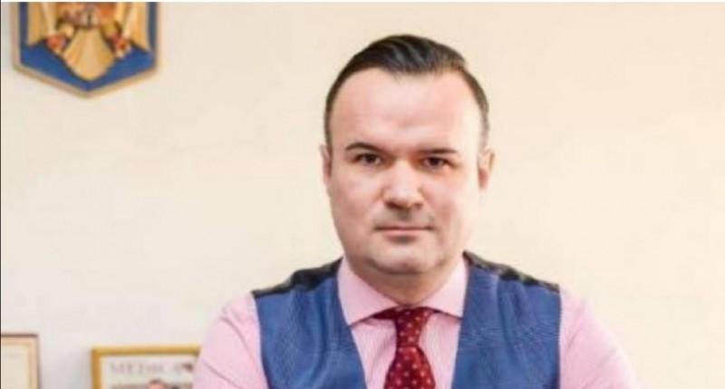 """Dăncilă: """"Dacă șeful CNAS nu demisionează, mâine îl demit eu"""""""