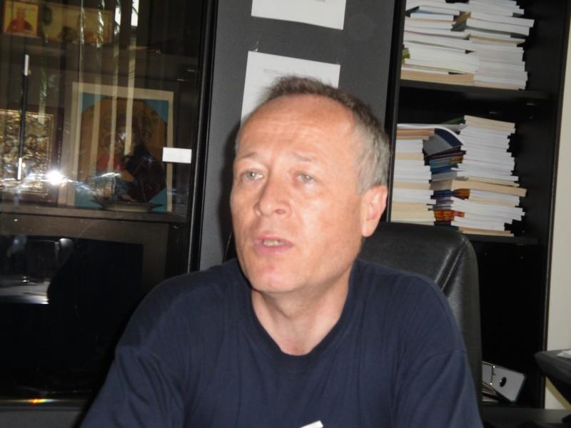"""Daniel Botezatu: """"Temele pentru acasa nu trebuie interzise in totalitate"""""""