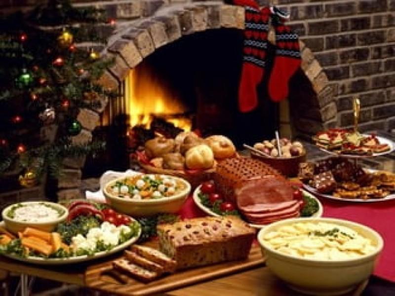 Datini și obiceiuri la trecerea dintre ani - ce e bine să ai pe masa de Revelion