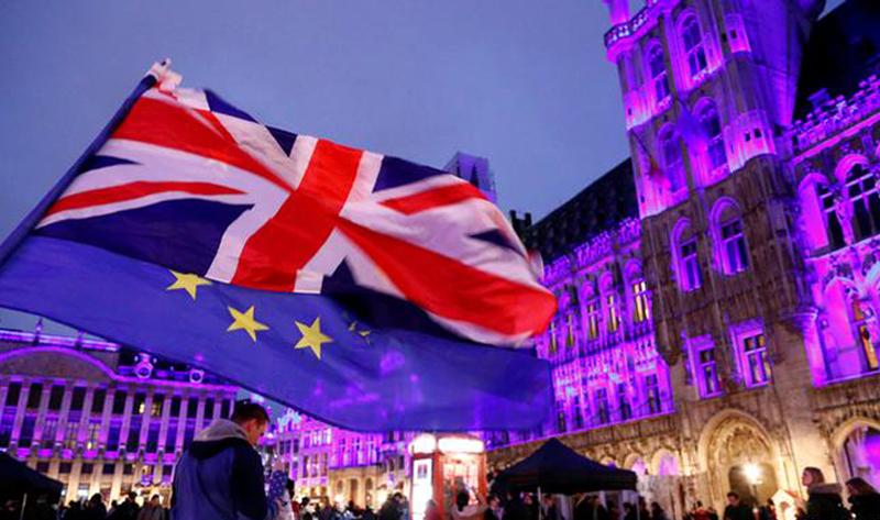 De al 1 Ianuarie 2021 vom folosi PAȘAPORT pentru a intra în Marea Britanie