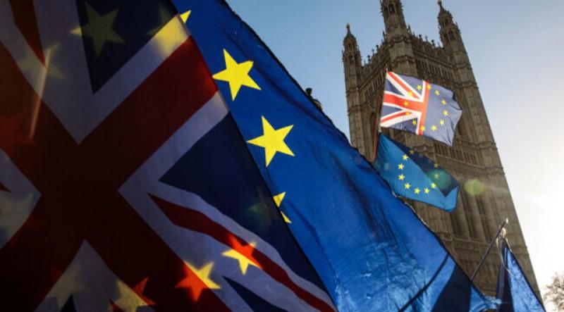 De astăzi, românii care merg în Marea Britanie pentru muncă, studii sau afaceri au nevoie de viză