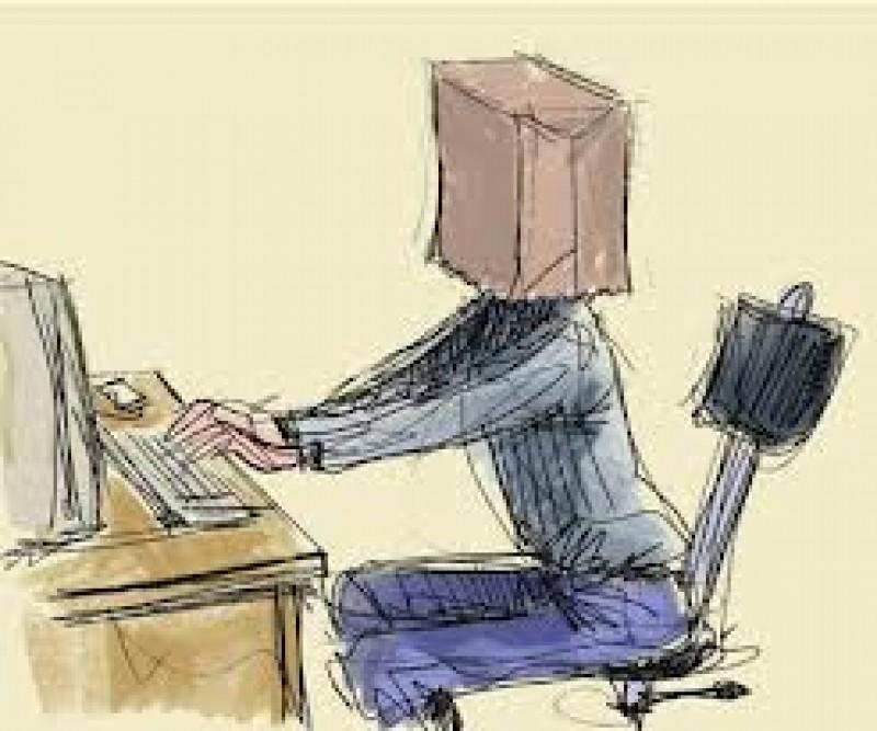 De ce, liberi fiind, oamenii aleg anonimatul pentru a se exprima?