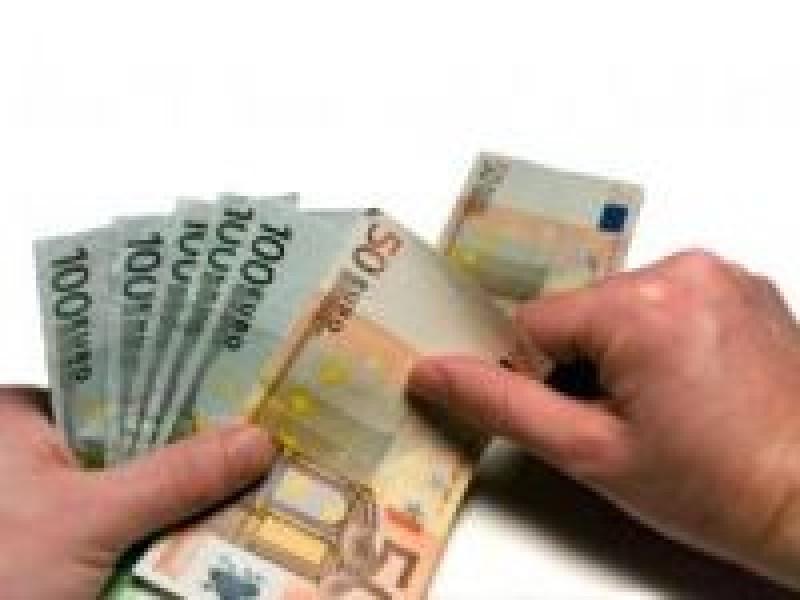 De la 1 februarie se elimina 22 de taxe care erau percepute de ministerul de interne