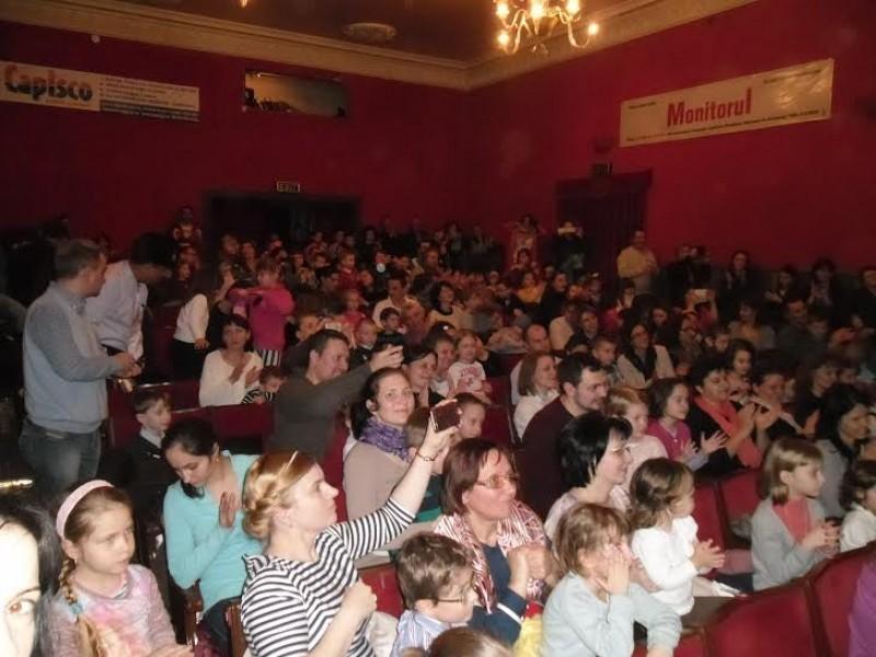 """De Ziua Internaţională a Teatrului, """"Cei trei purceluşi"""" vin la """"Vasilache"""""""