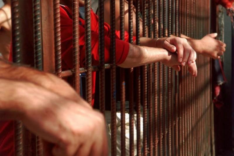 Dealeri de droguri condamnați de magistrații botoșăneni la ani grei de închisoare!