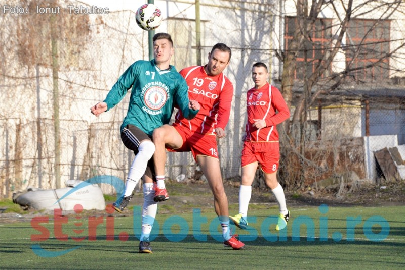 Debut spectaculos al Campionatului Judetean de MiniFotbal! Independentul Darabani a facut instructie cu Ambulanta Botosani! FOTO, VIDEO