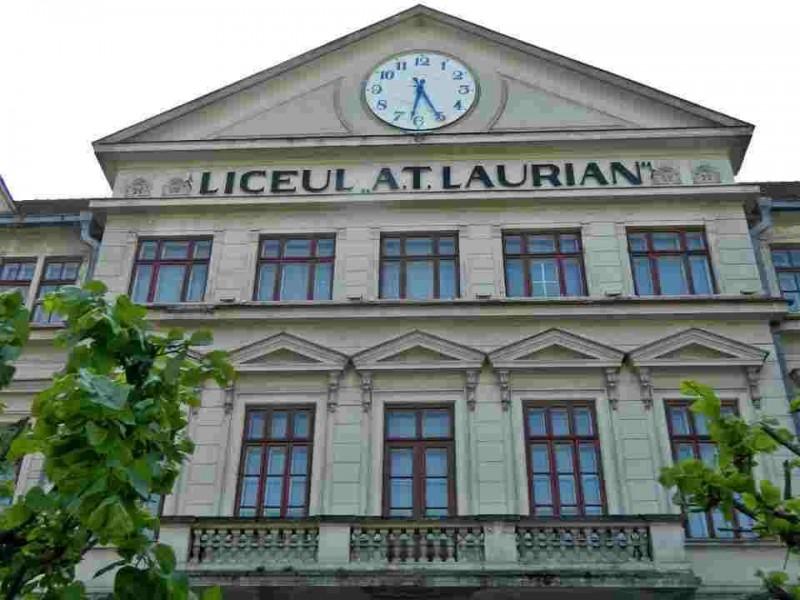 """Demers civic pentru repararea ceasului de pe frontonul Colegiului """"A.T Laurian"""""""
