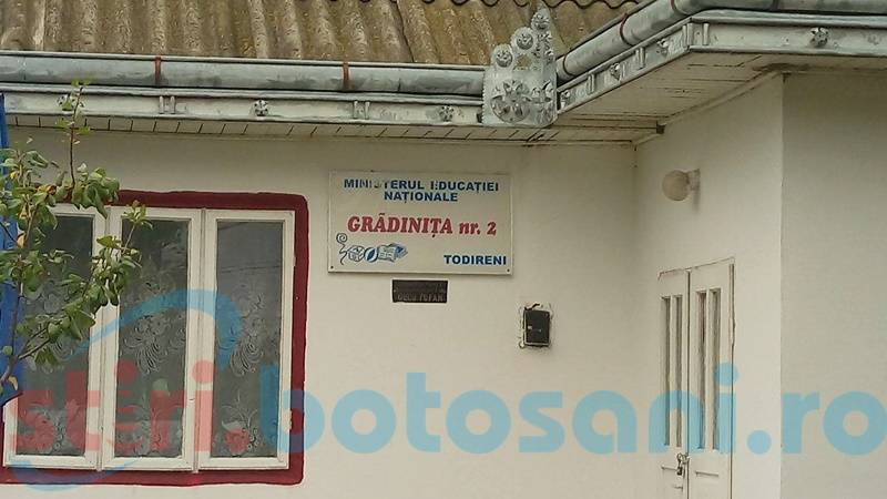 Demisie şi sancţiuni în cazul copilului de la Todireni, căzut în fosa septică!