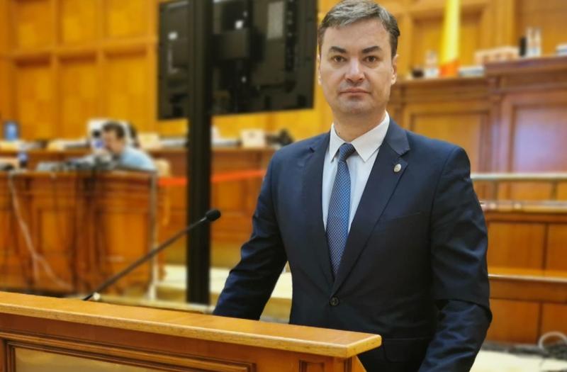 Deputat Dan Șlincu, PSD: Infrastructura rutieră de drumuri naționale din județul Botoșani a fost abandonată complet în ultimul an și jumătate al guvernărilor de Dreapta