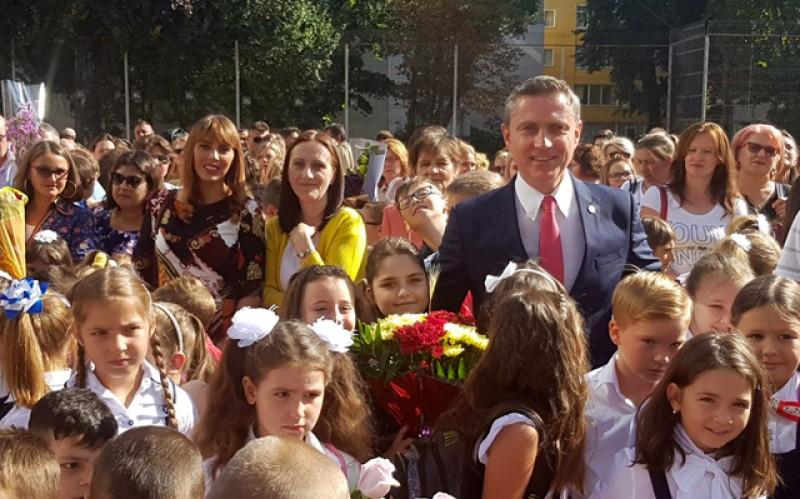 Deputatul Costel Lupașcu: ,,Ziua Copilului este ziua viitorului! La mulți ani sănătoși și fericiți tuturor copiilor și părinților acestora!''