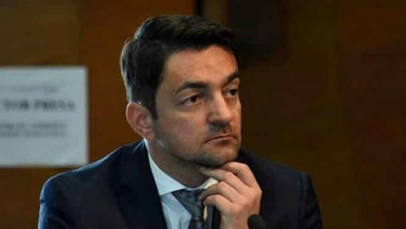 Deputatul PSD Răzvan Rotaru: Liberali botoșăneni mafioți, luați mâna de pe sistemul medical! Lăsați medicii să-și facă treaba că altfel veți face din Botoșani a doua Suceava, ca la baronul Flutur!